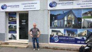 JHTB à choisi Michael Bissiana pour effectué les joints de plaques de plâtre de ses maisons individuel.